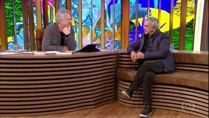 Caetano Veloso fala sobre artistas que inspiraram o Tropicalismo