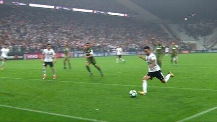 Melhores Momentos de Corinthians 3 x 1 Coritiba pela 27ª rodada do Campeonato Brasileiro