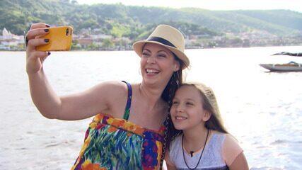 A guia mirim Ana Carolina Falcón mostra pontos turísticos de Cachoeira