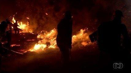 Incêndio na Chapada dos Veadeiros já consumiu 35 mil hectares da Chapada dos Veadeiros