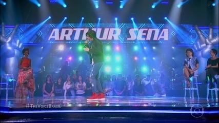 Arthur Sena foi o primeiro do time de Lulu a se apresentar