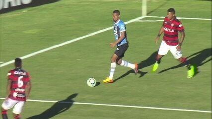 Melhores momentos de Grêmio 1 x 1 Vitória pela 34ª rodada do Campeonato Brasileiro