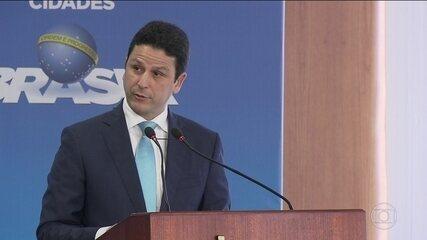 Ministro das Cidades, Bruno Araújo, do PSDB, pede demissão