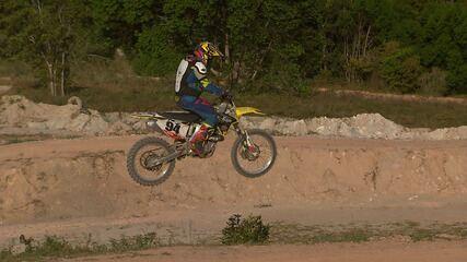 No 'Desafiando', Pablo Vasconcelos vai parar numa pista de motocross