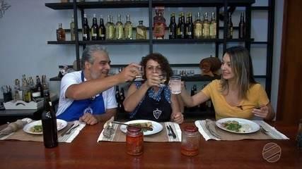 Que tal um prato mineiro, mas feito por uma família que ama Mato Grosso do Sul? Confere aí