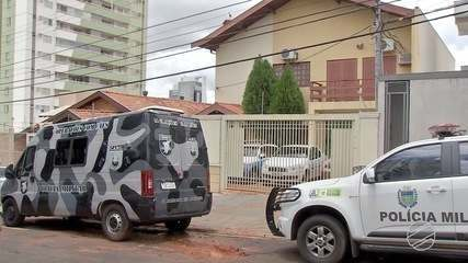 Policiais de MS são presos suspeitos de pedirem R$ 150 mil para liberar contrabando