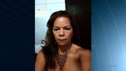 Adolescente é apreendido suspeito de matar professora de 48 anos com quem já namorou