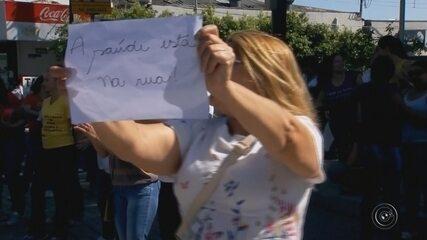 Funcionários de maternidade entram em greve em Marília