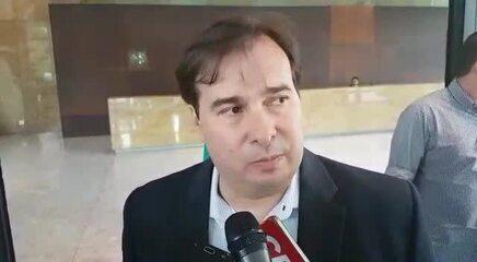 Rodrigo Maia diz que plenário da Câmara é quem deve decidir cassação de Maluf