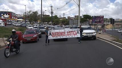 Motoristas de aplicativos protestam contra falta de segurança após morte de colega do Uber