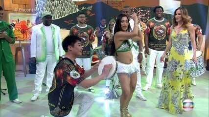 Tem japonês no samba!