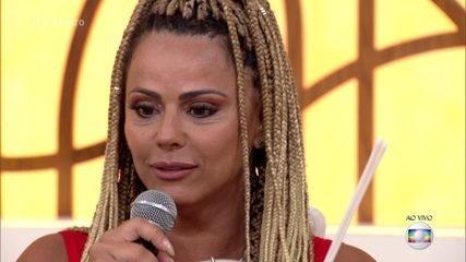 Viviane Araújo fala da sua relação com o tamborim