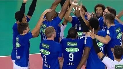 Melhores momentos: Sesi-SP 2 x 3 Cruzeiro pela final da Copa Brasil masculina de vôlei