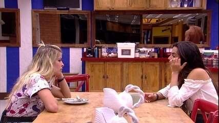 Paula faz planos para as compras do Tá com Tudo
