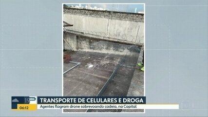 Agentes flagram drone sobrevoado cadeia, na Zona Sul de SP