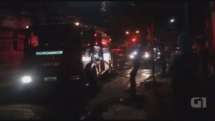 Fogo em sofá causa incêndio em imóvel em Ribeirão Preto, SP