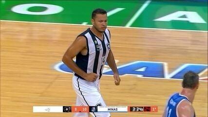 Douglas foi o destaque do Botafogo na derrota para o Minas