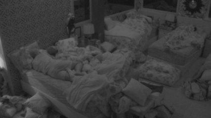 Após formação de Paredão, todos os brothers dormem na casa do BBB18