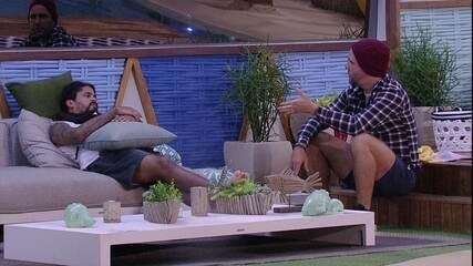 Caruso fala de discussão com Lucas para Viegas