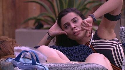 Paula para Ana Clara: 'Eu gosto da paquera'