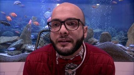 Mahmoud defende permanência na casa: 'Eu me sinto muito perseguido'