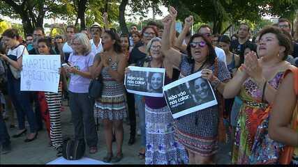 Vigília pela morte da vereadora Marielle Franco é realizada em João Pessoa