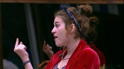 Ana Clara diz: 'Não sou fã de ninguém. Sou minha fã'