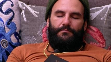 Wagner dorme na sala