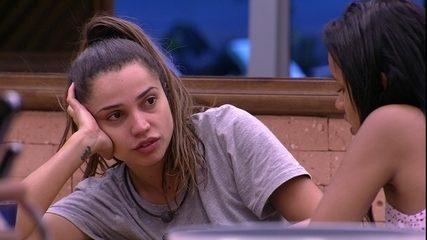 Paula: 'Namorei jogador de futebol. Você não sabe o que é preconceito maior que isso'