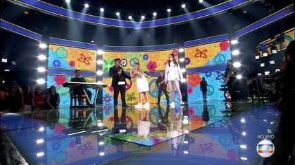 Trio Claudia Leitte, composto por Fabiana Moneró, Neto Junqueira e Pedro Sousa, canta 'Malandragem'