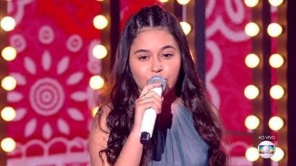 Eduarda Brasil canta 'Frevo Mulher' na Final do The Voice Kids