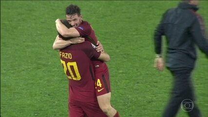 Roma vence o Barcelona e consegue classificação épica para semifinais da Liga dos Campeões
