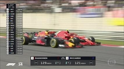 Ricciardo passa por Raaikkonen depois de bela disputa