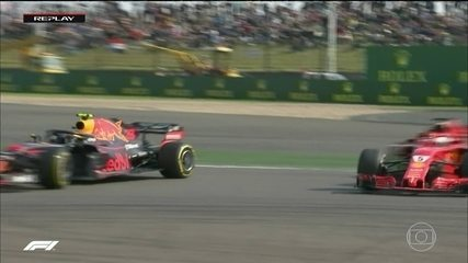 Reginaldo Leme analisa manobra desastrada de Verstappen que decidiu o GP da China de F1