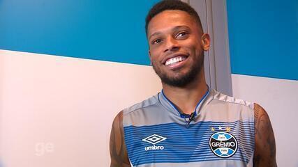 André fala da estreia, experiência em outros clubes e desejo e criar raízes no Grêmio