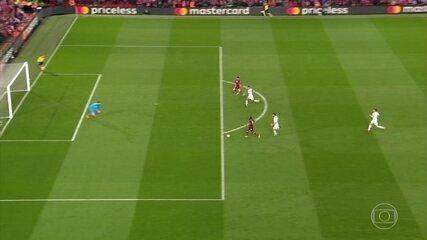 Veja o gol incrível perdido por Sadio Mané contra a Roma