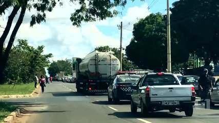 O caminho da gasolina: o trajeto de um caminhão-tanque da base de distribuição ao posto