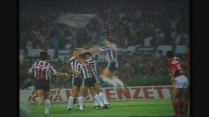 Atlético-MG 1 x 0 Flamengo, jogo de volta das oitavas do Brasileiro de 1986