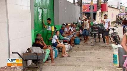 População enfrenta dificuldades para comprar gás de cozinha no Recife