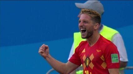 Gol da Bélgica! Mertens pega bola rebatida de primeira e marca um golaço aos 01 do 12º