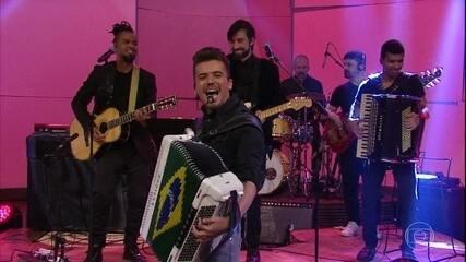 """Luan Estilizado canta """"Saudade dos Parceiros"""""""