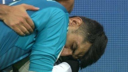 Copa de 2018: Cristiano Ronaldo bate pênalti depois de VAR, e goleiro do Irã defende