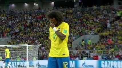 Marcelo sente dor, pede para sair e é substituído por Filipe Luís, aos 9 do 1º