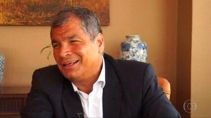 Ex-presidente do Equador Rafael Correa se defende de acusações