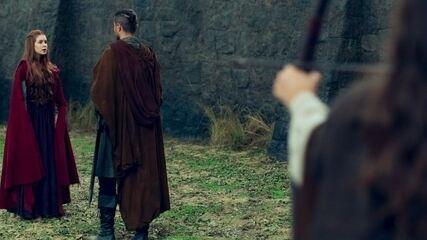 Amália questiona o trunfo que Virgílio tem contra Catarina