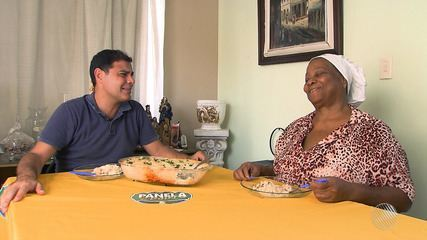 Panela de Bairro: confira a receita de arroz de forno com camarão e molho de três queijos