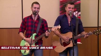 Confira vídeo exclusivo de D'Lucca e Gabriel na seletiva do The Voice Brasil