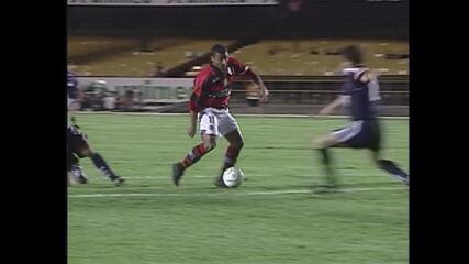 Pela Mercosul de 1999, Flamengo faz 7 a 0 sobre a Universidad de Chile e se classifica