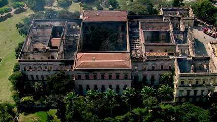 Defesa Civil afasta risco de desabamento da fachada do Museu Nacional