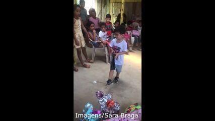 Em Rio Branco, menino de 5 anos doa presentes de aniversário para crianças carentes